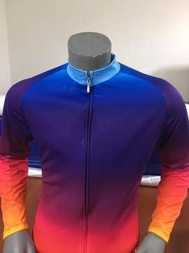 Camisa desvanecido colores Manga Larga