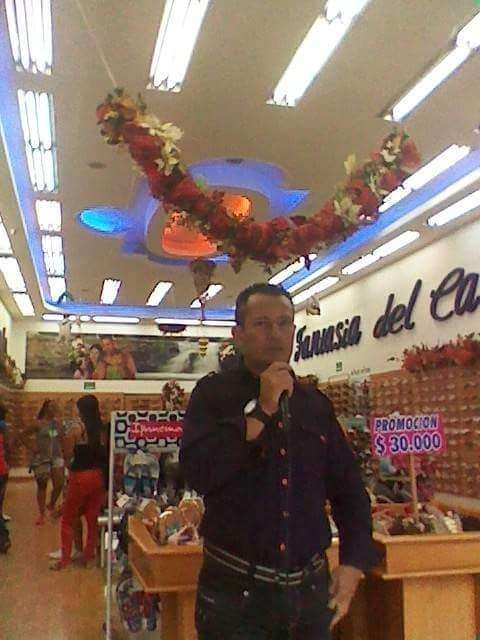 locutor profesional y perifoneo vehicular en Montería 0