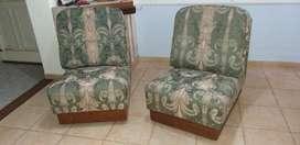 vendo 2 lindos sillones vintage, muy comodos a  3.900 cada uno