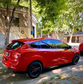 FORD FOCUS 1.6 S 2015