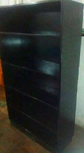 Liquido biblioteca de madera pintada negra impecable Fondo de 10mm ideal para separar ambientes