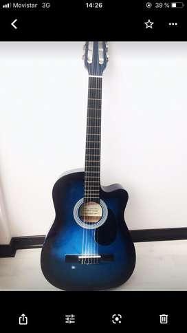 Bonita Guitarra Acustica