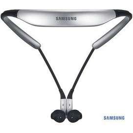 Audífonos Bluetooth Samsung U Originales CC Monterrey local sotano 5