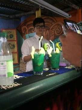 Bartender/mesero coctelero profesional 2 años experiencia