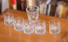 Juego de 5 vasos de wisky con hielera