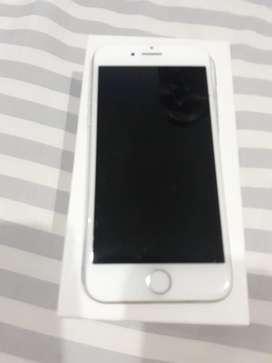 Vendo iphone 7 de segunda con caja y factura de compra en muy buen estado como nuevo