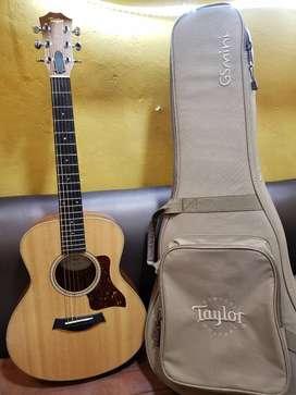 Guitarra Taylor GSMINI E Ovangkol