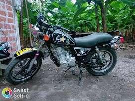vendo mi moto flamante esta a mi nombre para mas inf