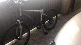 Bicicleta GW elite con marco shimano de aluminio sin sillin