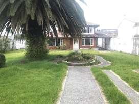 Venta casa 292m2 Urb Los Chillos