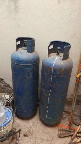 2 balones de gas de 45 kilos