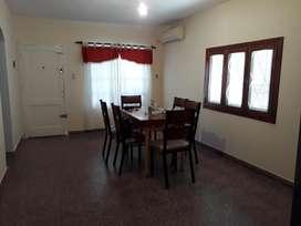 Vendo Casa Isidro Casanova 3 Ambientes