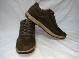 zapatos cat urbanas