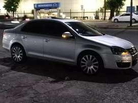 Volkswagen Vento 2.5 año 2008.