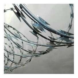 Vendo alambre de púas extensible hasta 10 metros