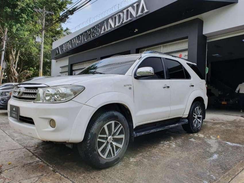 Toyota Fortuner Urbana Automática 2012 2.7 317 0