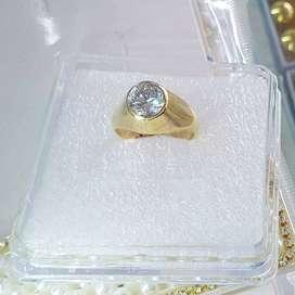anillo caballero con piedra blanca Oro 18k