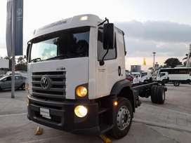 Chasis camion sencillo Volkswagen 17.280 modelo 2022