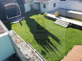 Vende excelente casa Camino Rivadavia esquina 126