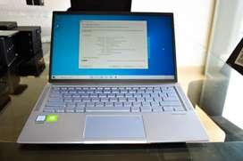 "Asus ZenBook 14"" Laptop i7-8565u mx150 16GB 256GB Windows 10"