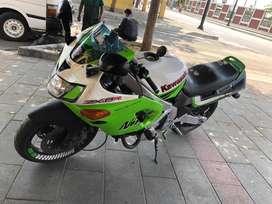 Kawasaki zx6d del año 93