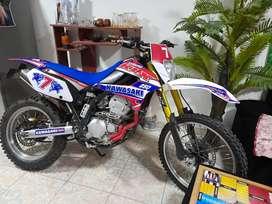 Moto 2009 restaurado el motor 100% 3000 kilometros