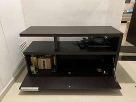 Mueble de TV Amplio