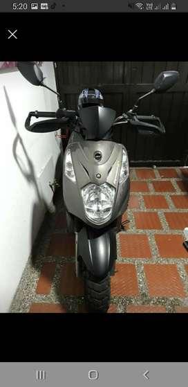 Moto dynamic R 125 como nueva