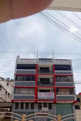 Edificio rentero en el centro de Ambato