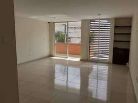 Se arrienda apartamento amplio en Ciudad jardín 2 piso