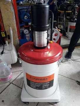 Engrasadora Neumática Toyomaq 20 Litros Profesional