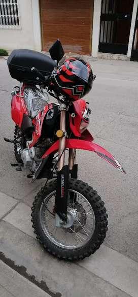 Vendo moto sumo motor 250