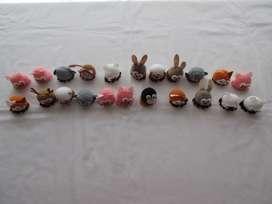Lote de 22 animalito de peluche pequeños para decoración o souvenirs, importados de Europa!, impecable estado!