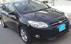 Ford Focus 2.0 lts.