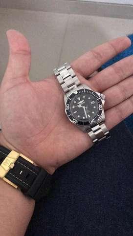 Vendo Reloj invicta, Automatico Original. Como nuevo