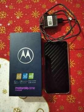Celular Motorola one fusión/ 64g