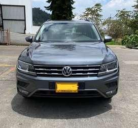 Se Vende Volkswagen Tiguan Trendline 2.0 - 4x4 - 7 puestos