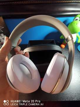 Beats Studio 2.0 Over-ear White