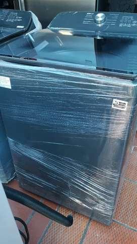 Lavadoras marca. Whirlpool nuevas de exhibición 38 libras