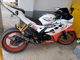 Vendo mi moto x. Motivo d viaje  r15