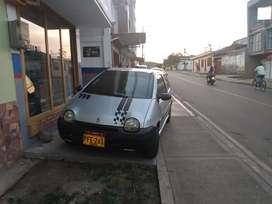 Se vende carro en buenas condiciones