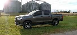Toyota Hilux DX 2.4 4x2