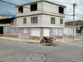 Se alquila dos (2) locales comerciales en el barrio zamorano'