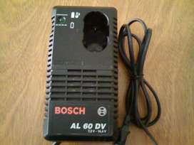 Cargador baterías taladro Bosch original.