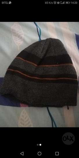 Vendo Gorra con Bluetooth