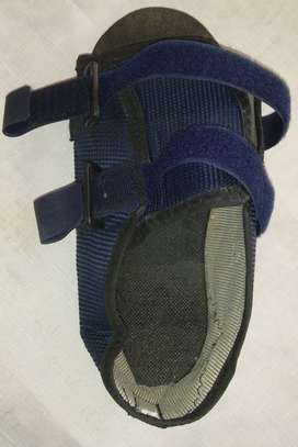 Zapato Post-Cirugía Operatorio Ortopédico Pie Sandalia Juanete. Talle 37. Impecable Estado.