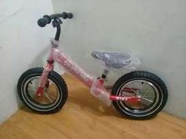 Vendo bicicleta de equilibrio crecimiento motriz