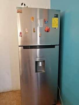 Refrigeradora Samsung Como nueva