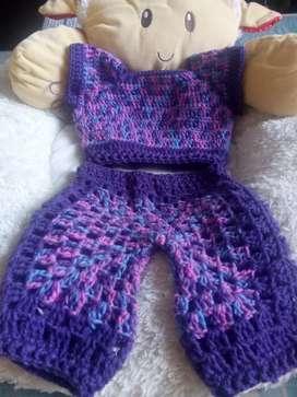 Conjunto tejido para niña