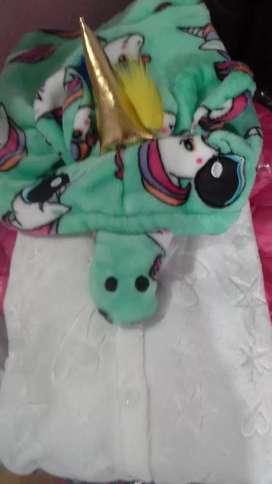 Pijama unicirnio nenas talles 6,8,10 y 12
